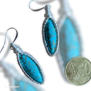 Bijzondere handgemaakte oorbellen met turquoise