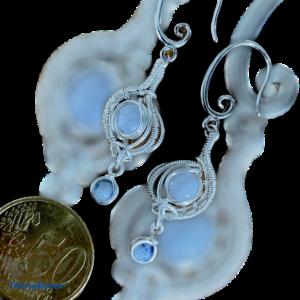 Fantastische handgemaakte oorbellen met chalcedoon