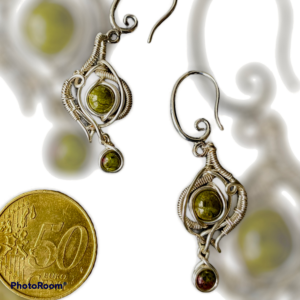 Fantastische handgemaakte oorbellen met zoisiet edelsteen